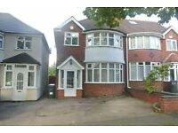 3 Bedroom House with Parking in Hall Green