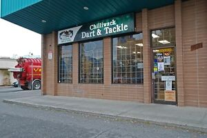 2-9120 Young Rd - Well established Chilliwack retail store