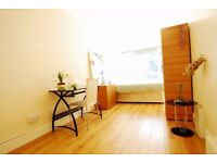 Criklewood - Large Double Room