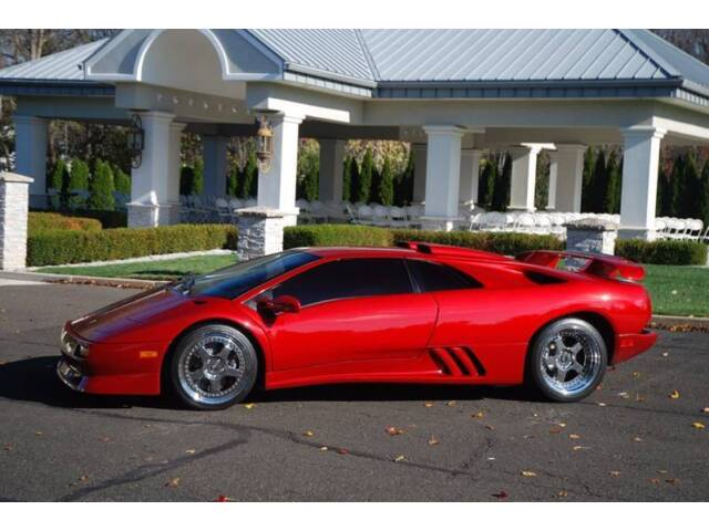 Image 1 of Lamborghini: Diablo…