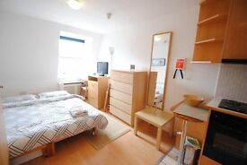 Wonderful DOUBLE ROOM located near STRATFORD and CLAPTON