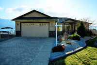 Immaculate Rancher Walk Out in Peachland, BC