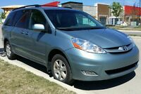 2008 Toyota Sienna LE, Leather, Low Kms