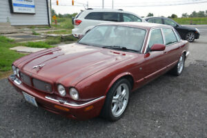 1998 Jaguar XJR Carnival red