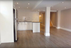 Walkout basement apartments for rent in Richmond hill