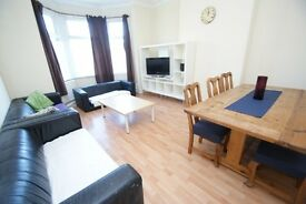 Large student room available in Leeds, Burley from January - £90 pw inc. bills