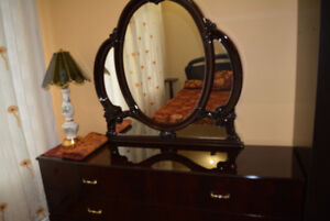 Beautiful clean  room. Lasalle. 35/day. June 27 - July 1.