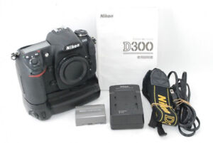 Nikon D300 and Battery grip and Tokina 19-35mm f3.5-4 FX lens