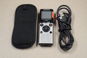 Olympus VN-702PC Voice Recorder w/ Cord & Cover #654