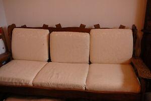 Ensemble de meubles de style colonial Saguenay Saguenay-Lac-Saint-Jean image 4