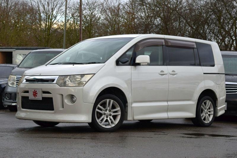 2007 (57) MITSUBISHI DELICA D5 G Navi 2.4 MEVIC Automatic 8 Seater ...