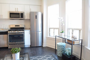 *1 MONTH FREE! new reno, Bright, clean, ensuite laundry, A/C!