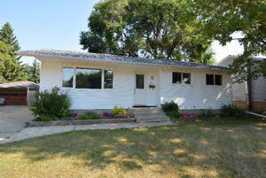 SHERWOOD PARK BUNGALOW WITH SUITE POTENTIAL