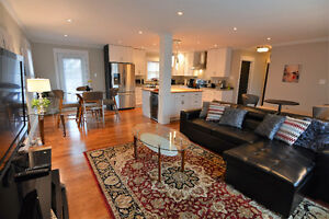 Executive furnished 3 bed home-rent by the night or week in GFW