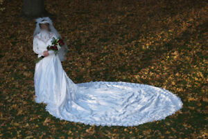 Tradional Wedding Gown