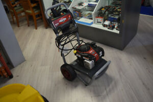 Briggs and Stratton 140cc 2200 PSI Pressure Washer - 500E Engine