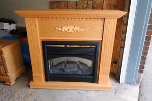 Electric Fireplace heater with mantle