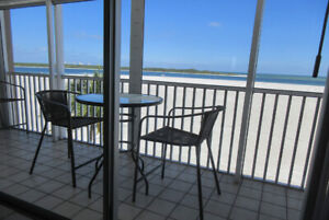 Million$ View Beach Front, Ocean Front –April $1700US/wk+fees