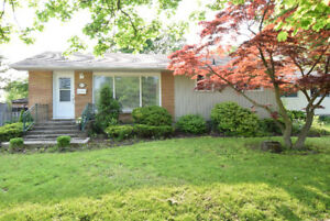 3+1 Bedroom bungalow near Brock university with in-law suite
