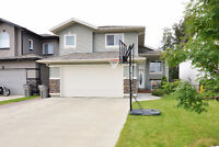 Signature Falls - Open Concept / By a Park / No Rear Neighbours
