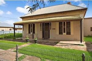 Great Opportunity to purchase this lovely home and shop front in Owen Wakefield Area Preview