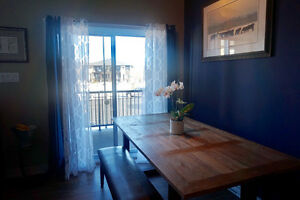 Modern  Junic condo situated in the Plateau, Aylmer