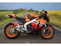 Honda CBR1000 Fireblade ** Repsol Colours, DataTool Alarm, Akropovic Exhaust **