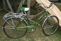 Vintage Schwinn 3spd ladies bike