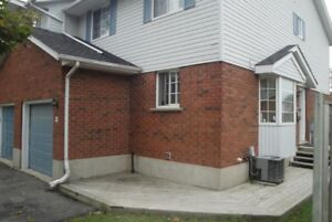 3+1 townhome with 2.5 bath from Nov 1 in Waterloo