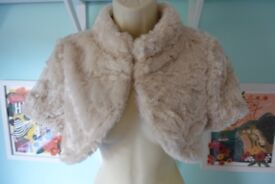 Coast bolero faux fur cream