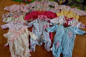 Lot pour bébé fille (0-6 mois) 70 morceaux West Island Greater Montréal image 3