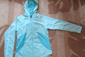 REEBOK RUNNING JACKET --- LIKE NEW (SIZE S, XS) --- $5 ONLY