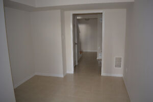 3 Bedroom Freehold Townhouse for Rent in Mount Pleasant  Area