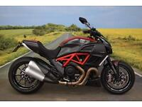 Ducati Diavel Carbon **ABS, Fly Screen, Tail tidy, Brembo Brakes, Tank Pad**