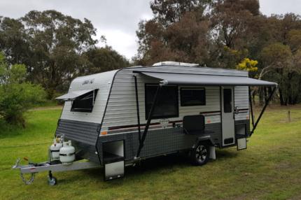 Diamond Caravan 4 BERTH FAMILY VAN READY TO GO
