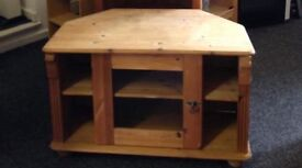 Solid pine tv stand can deliver
