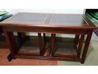 Stunning coffee table with side extensions/nest of tables
