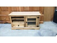 Corona Mexican Pine TV Unit No160403