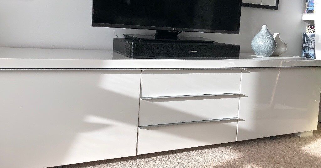 Ikea Besta Burs Tv Unit In High Gloss White Excellent Condition In
