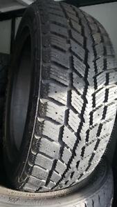 4 pneu d'hiver NEXEN 195 55R 15 bon etat  comme neuf