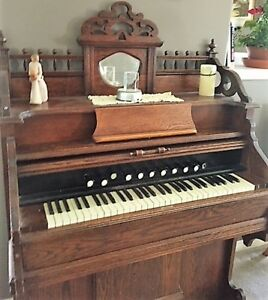 Pump Organ - Antique