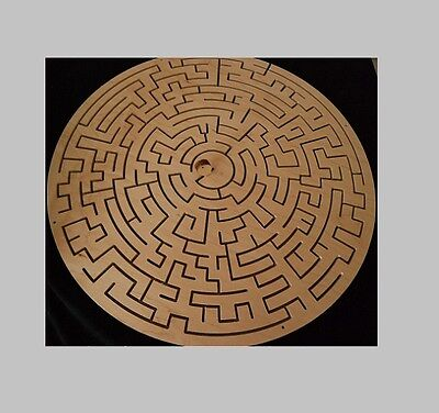 ROUND Key Maze for Escape Rooms - Escape Room Puzzle and Prop