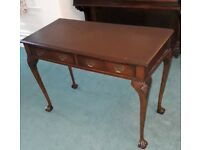 Chippendale style Table with 2 drawers mahogany