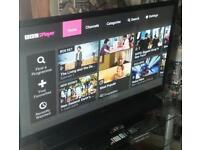 "LG 50"" FREEVIEW BBC IPLAYER HD TV 1080p & LG SOUNDBAR"