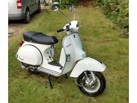 VESPA PX 125 ONLY 14 MILES FROM NEW