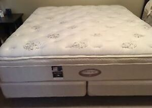Excellent King SEALY Pillowtop Bed - FREE DELIVERY