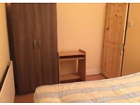 >> NO FEES << SINGLE ROOM AVAILABLE 8MINS TO BECKTON STATION ON DLR.