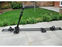 2x bike roof rackes Thule