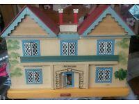 1973 original Gee bee Beeches Dolls House