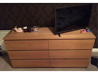 Bedroom furniture (chest of drawers X2)